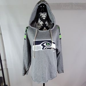 Pink by VS Seahawks pullover sweatshirt size Small